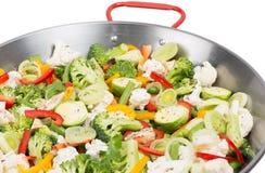 Warzywa w dużej niecce obraz stock