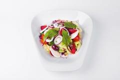 Warzywa z koźlim serem i Kalamata oliwkami, truskawka, oni Obrazy Stock