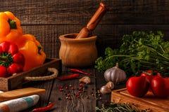 Warzywa, ziele, pikantności tło Selekcyjna ostrość Zdjęcie Stock