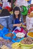 Warzywo sprzedawca w Myanmar Zdjęcia Stock