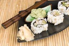 wasabi σουσιών σάλτσας ρόλων Στοκ Φωτογραφίες
