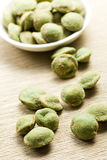 Wasabi snack peanuts Stock Images