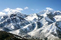 Wasatch-Bergspitzen in Nord-Utah in der Winterzeit Stockbild