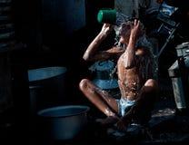 Waschen in der Straße Stockbilder