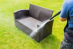 waschende Gartenmöbel der Energie Lizenzfreies Stockbild
