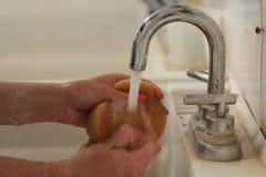 Waschender Schwamm Lizenzfreies Stockfoto