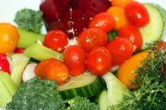 Waschendes Gemüse Stockfotos