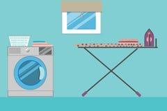 Waschküche mit Fenster, Waschmaschine, Wäschekorb Stockbild