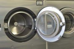 Washday, das Machiine Innenraum wäscht Stockbilder