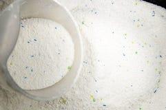 Waschmittel im reinigenden Kasten Stockfoto