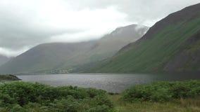 Wasdale dirige, Cumbria, día nublado triste BRITÁNICO Lapso de tiempo almacen de video