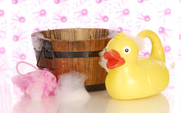 Wash tub and rubber duck Royalty Free Stock Photos