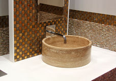 Washbasin i chromu klepnięcie Fotografia Stock