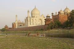 Washing by the Taj Mahal Royalty Free Stock Images