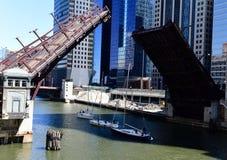 Washington Boulevard Bridge i lyftt position Royaltyfria Foton