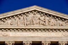 Washington, C.C : Fronton de la court suprême des États-Unis photo libre de droits