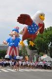 Washington, C C - 4 DE JULIO DE 2017: los globos gigantes se inflan para la participación en nacional Día de la Independencia des Fotografía de archivo libre de regalías