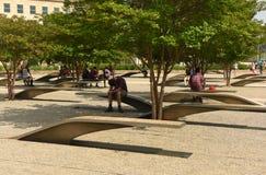 Washington, C.C - 1er juin 2018 : Les gens dans le mémorial du Pentagone photo libre de droits