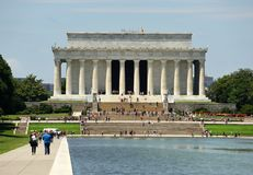 Washington, C.C - 1er juin 2018 : Les gens près de Lincoln Memorial Photo libre de droits