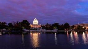 Washington, C C skyline com estradas e monumentos fotografia de stock