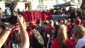 Washington Capitals-Fans, die auf das Hip-Hop hören stock footage