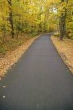 Washington Crossing State Park-Straße am Herbsttag, szenischer Weg 29, NJ stockbild