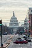 Washington, D C - 10 JANUARI, 2014: Washington Cityscape en Capitool op Achtergrond Stock Fotografie
