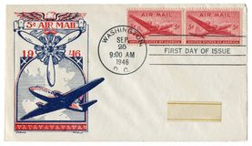Washington D.C., The USA  - 25 September 1946: US historical envelope: cover with cachet Air mail, cargo and passenger aircraft, p. Ropeller, red postage stamps stock photography