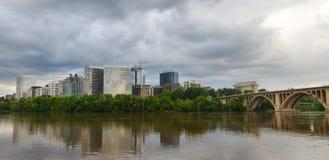 Washington DC - βασικά γέφυρα και Ρόσλυν Στοκ φωτογραφίες με δικαίωμα ελεύθερης χρήσης
