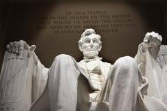 Washington DC blanco del monumento de la estatua de Lincoln Imagenes de archivo