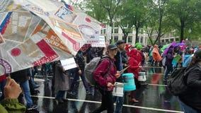 WASHINGTON DC - 29 de abril de 2017 movimento do clima dos povos vídeos de arquivo