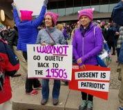WASHINGTON DC - 21 DE JANEIRO DE 2017: ` S março das mulheres em Washington Foto de Stock