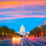 Washington DC de la avenida de Pennsylvania de la puesta del sol del capitolio Foto de archivo libre de regalías