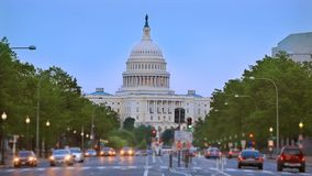 Washington DC del congreso de la avenida de Pennsylvania de la puesta del sol del capitolio almacen de metraje de vídeo