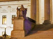Washington DC di Capitol Hill della statua della Corte suprema degli Stati Uniti Immagine Stock Libera da Diritti