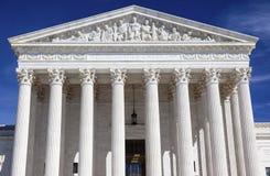Washington DC di giorno delle statue di Capitol Hill della Corte suprema degli Stati Uniti Fotografia Stock Libera da Diritti