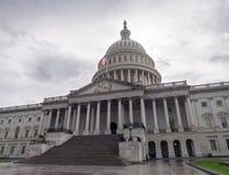 Washington DC District of Columbia [byggnad för Förenta staternaUSA-Kapitolium, skuggigt molnigt väder, innan att regna, faling s royaltyfri bild