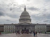 Washington DC, dystrykt kolumbii [Stany Zjednoczone USA Capitol budynek, ciemniutka chmurna pogoda przed padać, faling półmrok zdjęcie stock