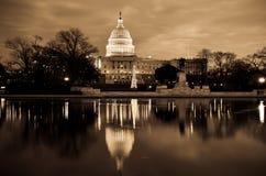 Washington DC - edificio del capitolio en sepia Foto de archivo libre de regalías
