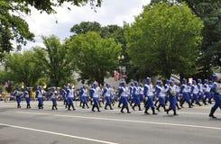 Washington DC juli 4th 2017: Amerikaner i 4th Juli ståtar från Washington DC i USA Fotografering för Bildbyråer