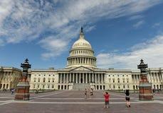 Washington DC - Juni 01, 2018: Folk nära Förenta staterna Ca Royaltyfria Bilder