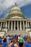 Washington DC - Juni 01, 2018: Folk nära Förenta staterna Ca Arkivbild