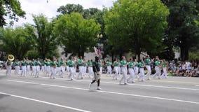Washington DC, le 4 juillet 2017 : Le défilé pour le défilé du 4 juillet de Washington District de Colombie Etats-Unis banque de vidéos