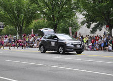 Washington DC, Lipiec 4th 2017: Amerykanie w 4th Lipa paradzie od washington dc w usa Fotografia Royalty Free
