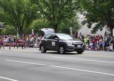 Washington DC, o 4 de julho de 2017: Os americanos no 4 de julho desfilam do Washington DC nos EUA Fotografia de Stock Royalty Free