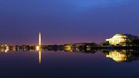 Washington DC panorama wokoło Pływowego basenu przy wschodem słońca podczas czereśniowego okwitnięcia zdjęcia royalty free