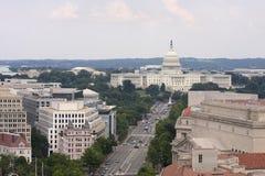 Washington DC Pennsylvania aveny, flyg- sikt med federala byggnader inklusive USA-Kapitolium Royaltyfri Bild