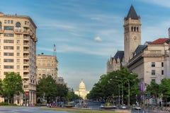 Washington DC Pennsylwania aleja i Stany Zjednoczone Capitol budynek - obraz stock