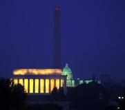 Washington DC por noche fotos de archivo