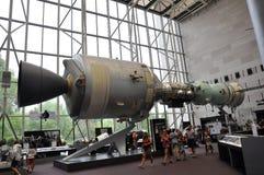 Washington DC, Sierpień 5th: Apollo statek kosmiczny w Smithonian Krajowym powietrzu i Astronautyczny muzeum od washington dc w u Fotografia Royalty Free